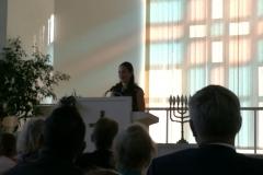 Anniina Raitanen kertoi seurakunnan tärkeystä seurakuntalaisen näkökulmasta.