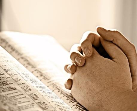 Sanan ja rukouksen illat klo 19